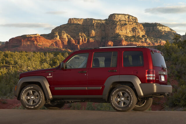 File:2011-Jeep-Liberty-4.JPG