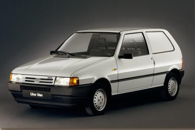 File:Fiat-Uno-952.JPG