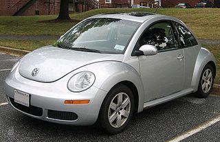 File:2007 New Beetle redleft.jpg