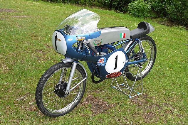 File:Itom 50cc Racing Motorcycle.jpg