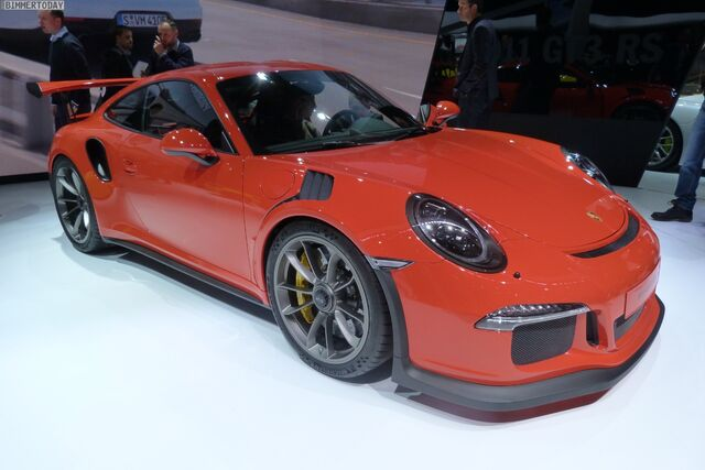 File:Porsche-911-GT3-RS-2015-Genf-Autosalon-Live-01.jpg
