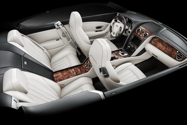 File:2011-Benltey-Continental-GT-18.jpg
