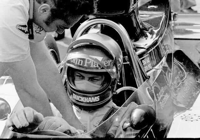 File:Ronnie Peterson Silverstone.jpg