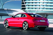 2011-Audi-RS5-Coupe-8