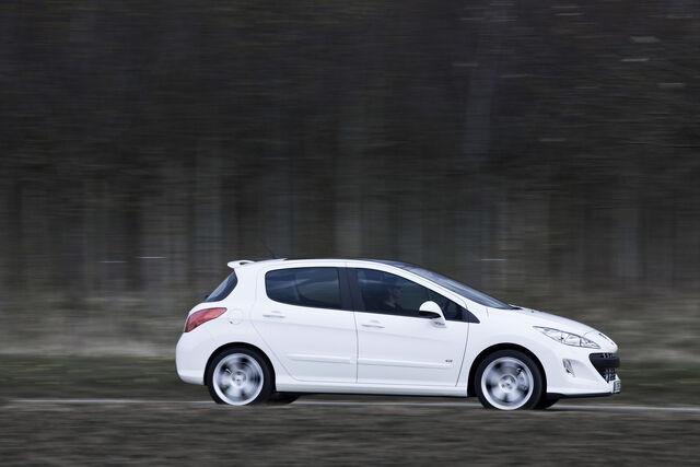 File:Peugeot-308-GTi-5.jpg