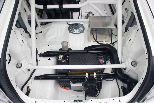 File:2010 SEMA 024 CR Z Racer.jpg