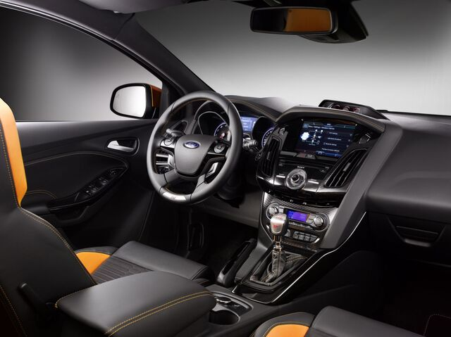 File:2011 ford focus st 4 02.jpg