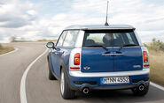 Mini clubman official 02