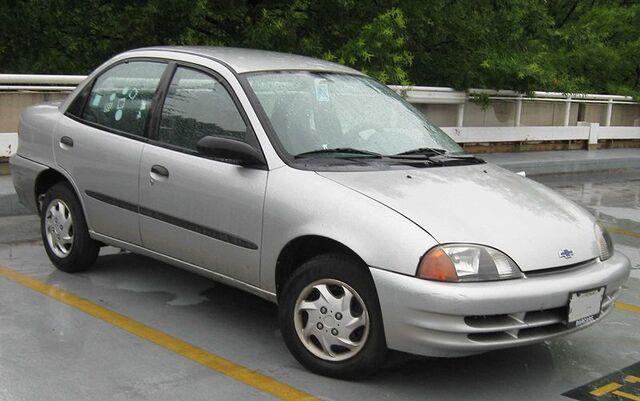 File:Chevrolet Metro sedan.jpg