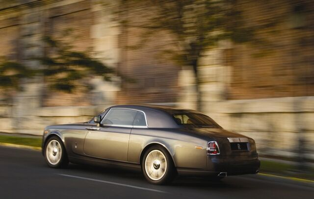 File:Rolls-Royce Phantom Coupe 2.jpg