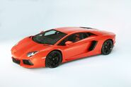 Lamborghini-aventador-lp700-4---04