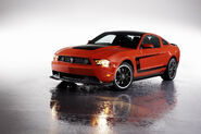 2012-Ford-Mustang-Boss-105