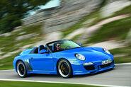 2011-Porsche-911-Speedster-14