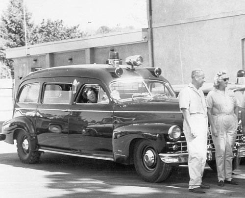 File:DFVAC 1948 Cadillac Miller Meteor front passenger quarter.jpg