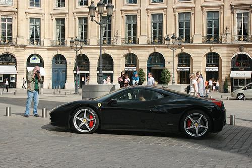 File:Ferrari Italia in Place Vendome, Paris.jpg