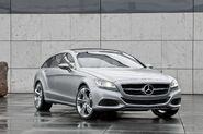 Mercedes-Benz-CLS-Shooting-Break-17