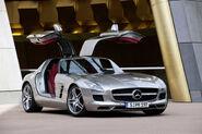 Mercedes-SLS-AMG-26