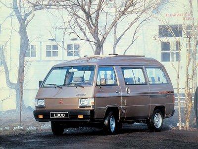 File:Norm 1 L300 Minibus 1983 Eu.jpg