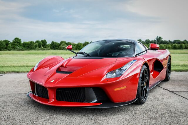 File:FERRARI-LaFerrari-4797 35.jpeg