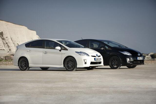 File:Toyota-Prius-10th-Ann-6.jpg