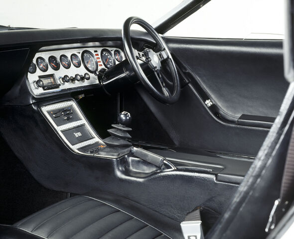 File:Holden-Torana-GTX-R-12.jpg