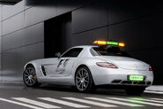 Mercedes-SLS-AMG-Gullwing-Safety-Car-12