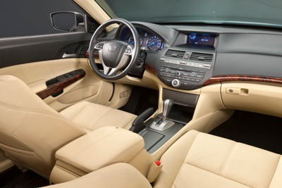2010-honda-crosstour-interior -(1)small