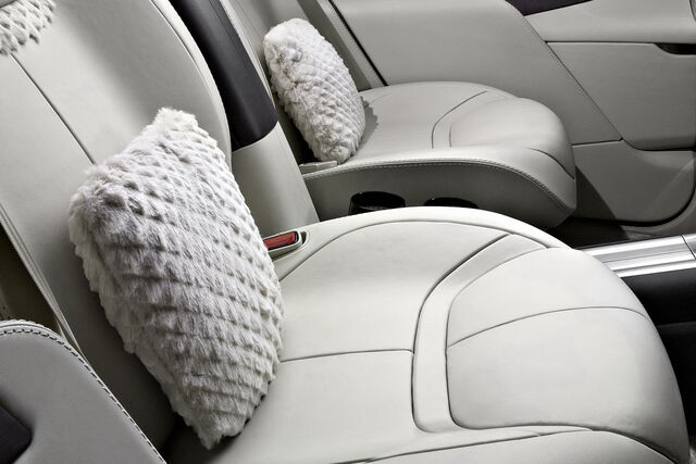 File:Aston-Martin-Lagonda-Concept-11.jpg