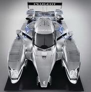Peugeot-908-Hybird-7