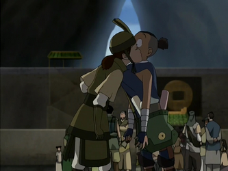 File:Suki reunites with Sokka.png