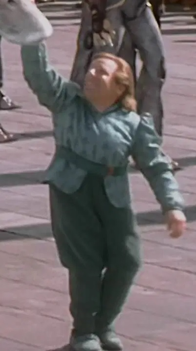 File:Dan Madsen as Kaadu Handler.jpg