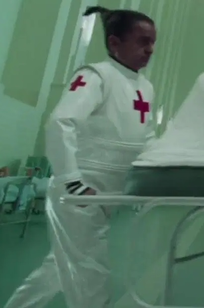File:Deep Roy as Oompa Loompas (Puppet Hospital and Burned Center).jpg