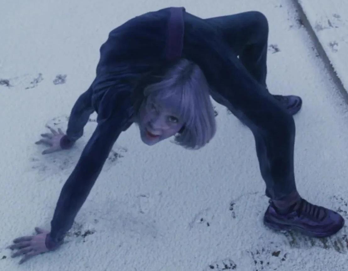File:AnnaSophia Robb as Violet Beauregarde (Blueberry Alternate).jpg