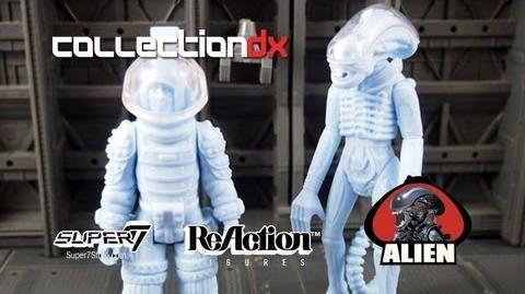 Super7 Alien ReAction Toyfair Sample 1979 toy review - CollectionDX