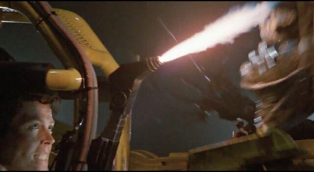 File:Ripley uses Power Loader welder 1.jpg