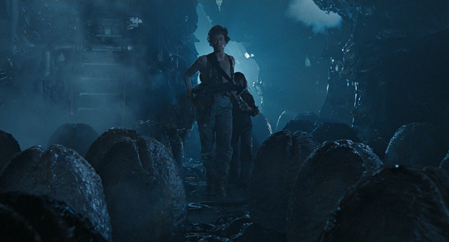 File:Ripley and Newt in Hive.png