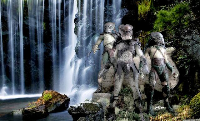 File:Pred-trio-vodopad.jpg