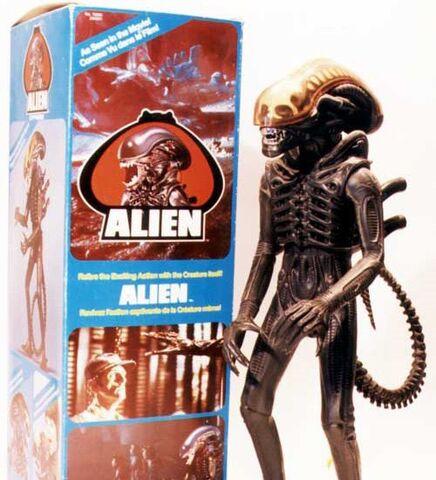 File:Alien+box lg.jpg