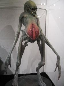 File:Alien- Resurrection - Newborn.jpg