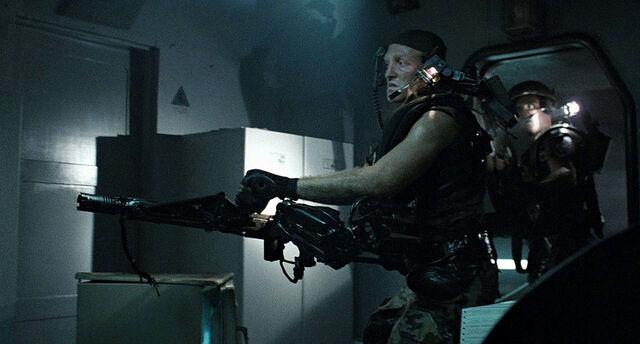 File:Drake with Smart Gun.jpg