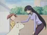 Azumanga Daioh Chiyo-chan Sakaki petting Mr Tadakichi