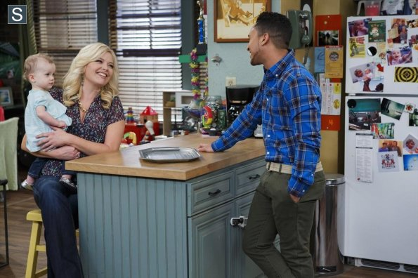 File:Baby Daddy - Episode 3.21 - You Can't Go Home Again - Promotional Photos (2) 595 slogo.jpg