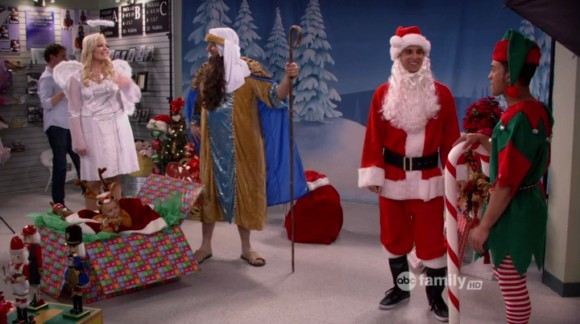 File:A Wheeler Christmas Outing.jpg