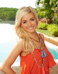 Carly (Bachelor in Paradise 2)