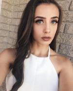 Julia selfie