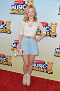 Dove+Cameron+2013+Radio+Disney+Music+Awards+UPnYcsMlXURx
