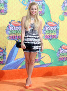Kids-choice-2014-arrival-pictures-321