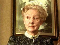 Mrs Hudson (Williams) 04