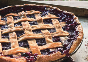 Mare cranberry and wild blueberry pie h