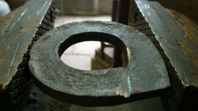 File:Forging field-frame rings - method 1 - 03.jpg